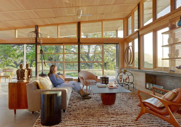 Caterpillar-House-Feldman-Architecture-8