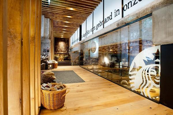 Starbucks 5 Next Gen Starbucks Concept Store