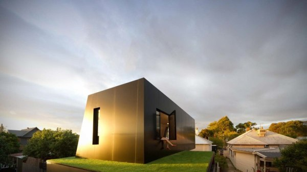 hillhouse 4 Hill House by Andrew Maynard Architects