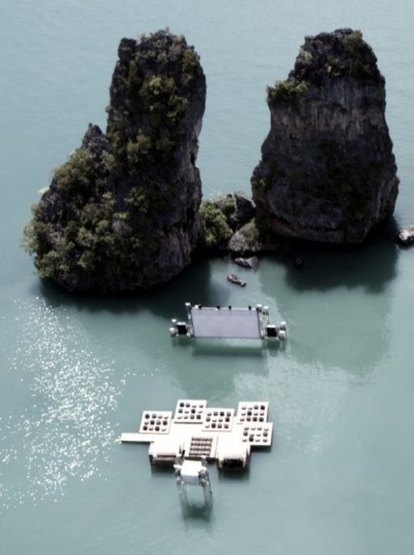 thai-floating-cinema-2