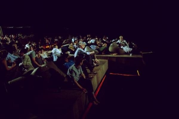 thai-floating-cinema-6