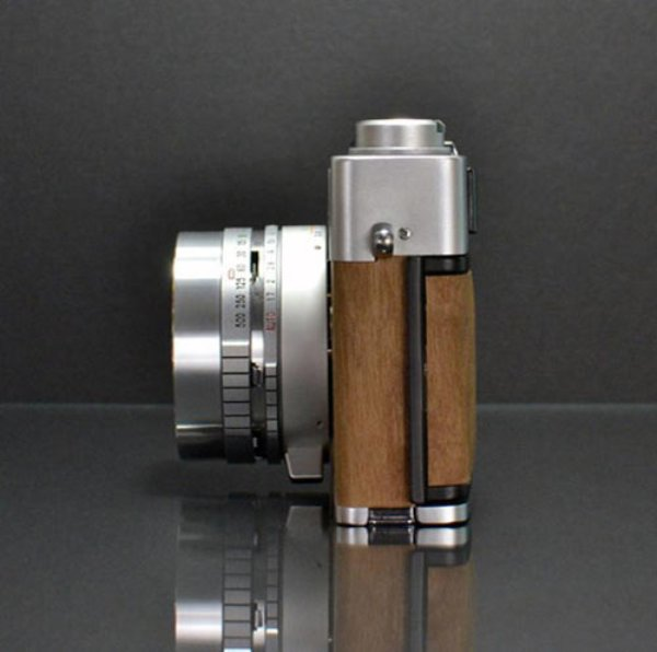canon vintage rangefinder camera 9jpg