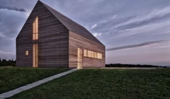 Southern Burgenland Summer House by Judith Benzer Architektur