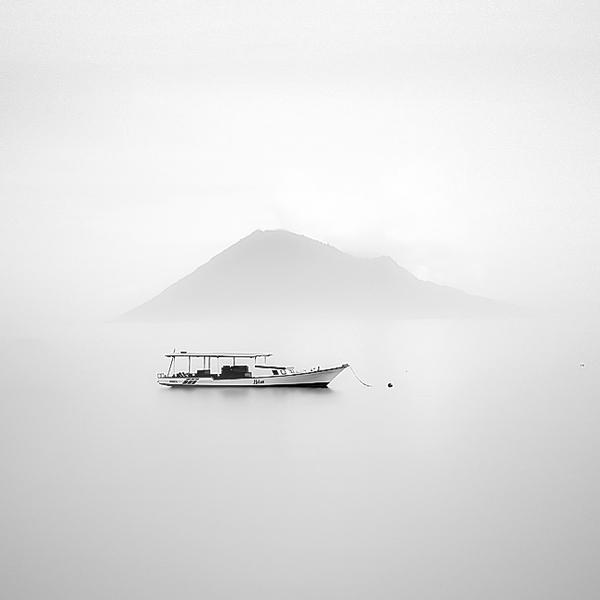 minimalism by hengki koentjoro.JPG 12 MiniM Photography by Hengki Koentjoro