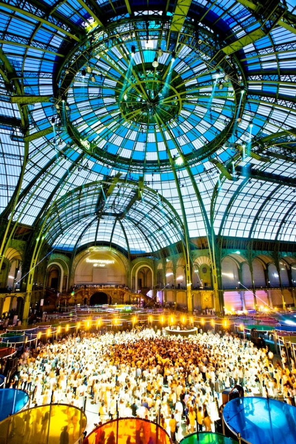 cariobu jamie xx and four tet rock a psychadellicaly transformed grand palais 6 Monumenta 2012 at Grand Palais