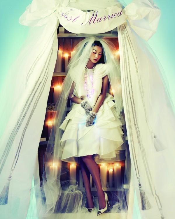 Ji-Hye-Park-by-Bosung-Kim-One-Dream-Vogue-Korea-June-2012-1-3