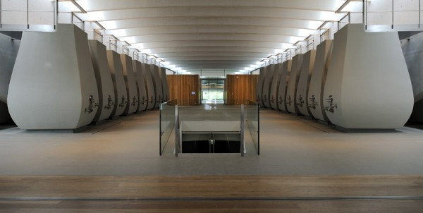 christian de portzamparc chateau chevel blanc winery architecture 12
