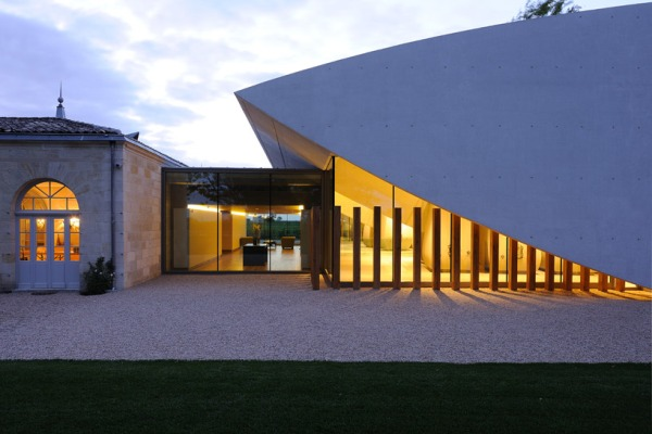 christian de portzamparc chateau chevel blanc winery architecture 18 Chateau Cheval Blanc Winery
