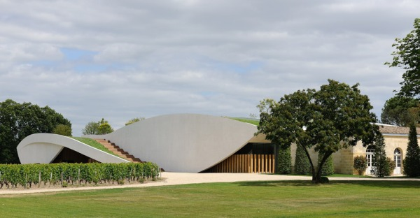 christian de portzamparc chateau chevel blanc winery architecture 2 Chateau Cheval Blanc Winery