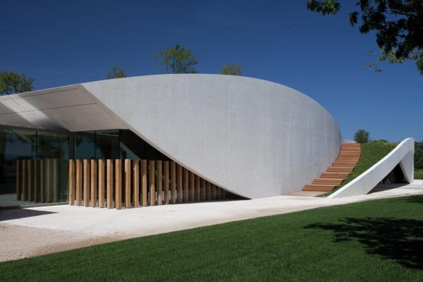christian de portzamparc chateau chevel blanc winery architecture 7