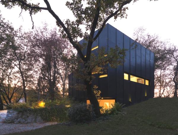 enrico iascone architects bologna guest house 2 Bologna Guest House by Enrico Iascone Architects