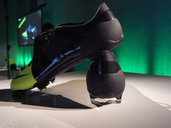 nike gs green speed sustainable soccer boot by andy caine 2