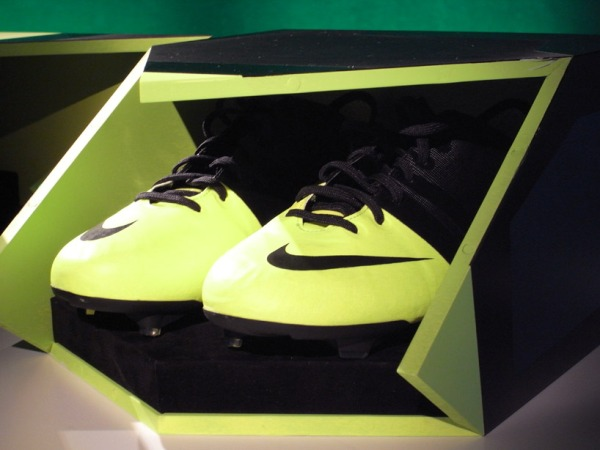 nike gs green speed sustainable soccer boot by andy caine 4