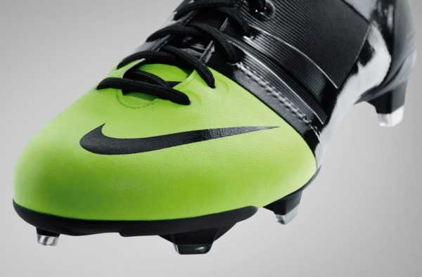 nike gs green speed sustainable soccer boot by andy caine 7 Nike Green Speed Sustainable Soccer Boot by Andy Caine