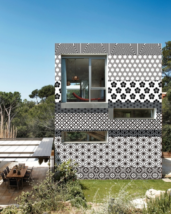 outdoor wall paper by wall and deco 1 Outdoor Wall Paper by Wall & Deco