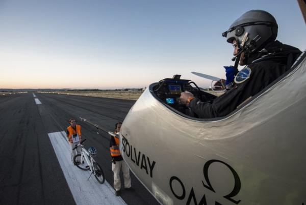 solar impulse forst solar powered intercontinental aircraft journey HB SIA airplane 10
