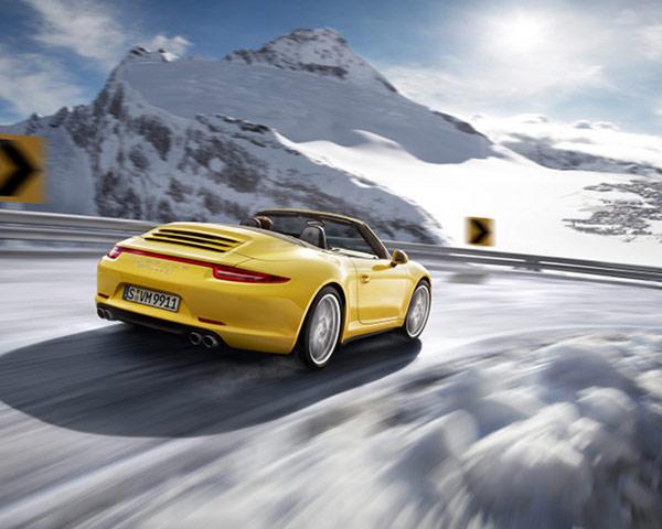 2013 Porsche Carrera 4 1