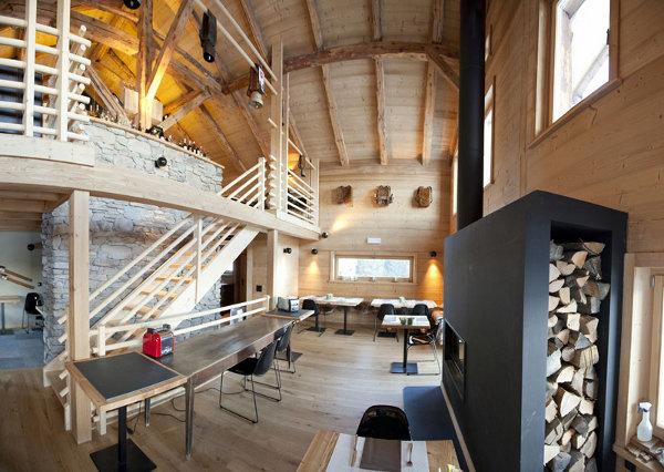 WhitePod-Alpine-Ski-Resort-5
