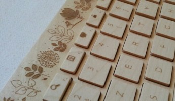 The Orée Wireless Wooden Keyboard