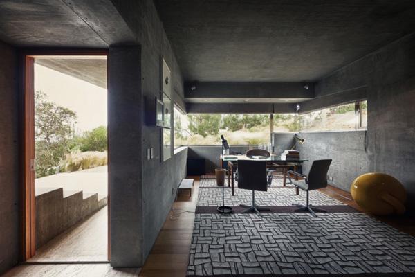 Casa La Atalaya by Alberto Kalach 11