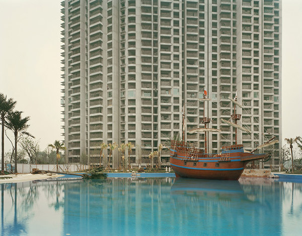 Chinas Longest River by Nadav Kander 5