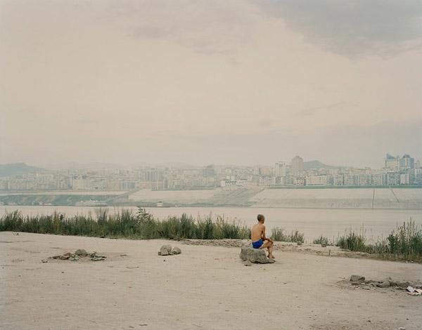 Chinas Longest River by Nadav Kander 6