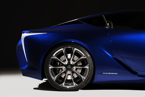 Lexus LF-LC Blue 11
