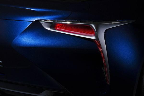 Lexus LF-LC Blue 14