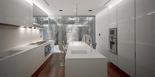 Psychiko House by Divercity Architects 11