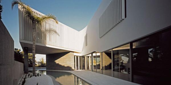 Psychiko House by Divercity Architects 3
