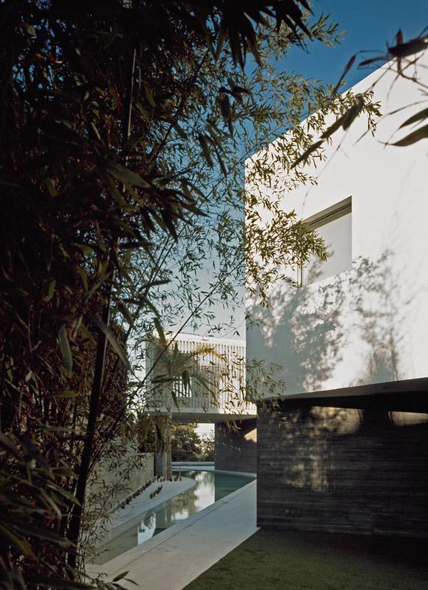 Psychiko House by Divercity Architects 4