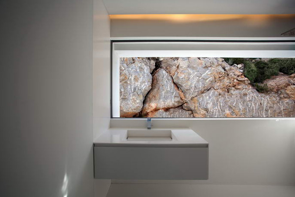 House on the Cliff by Fran Silvestre Arquitectos 15