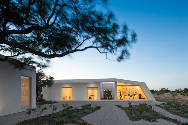 House in Tavira by Citor Vilhena 8 House in Tavira by Vitor Vilhena