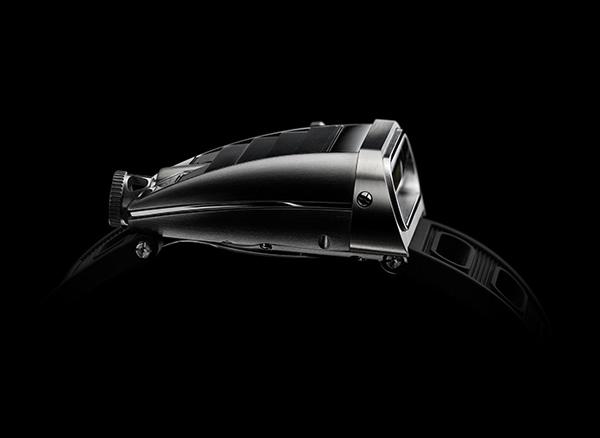 MB&F HM5 Timepiece 5