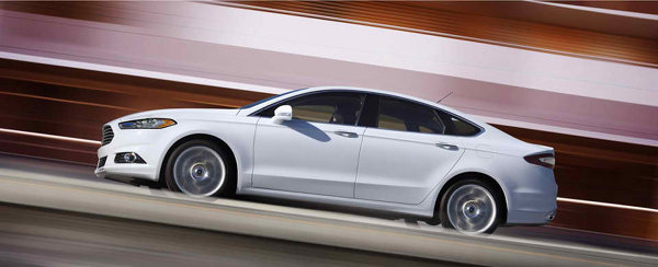 2013-Ford-Fusion-12