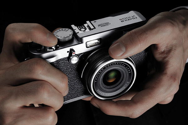 Fujifilm X100s Digital Camera 3