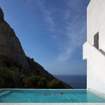 House-on-the-Cliff-by-Fran-Silvestre-Arquitectos-11