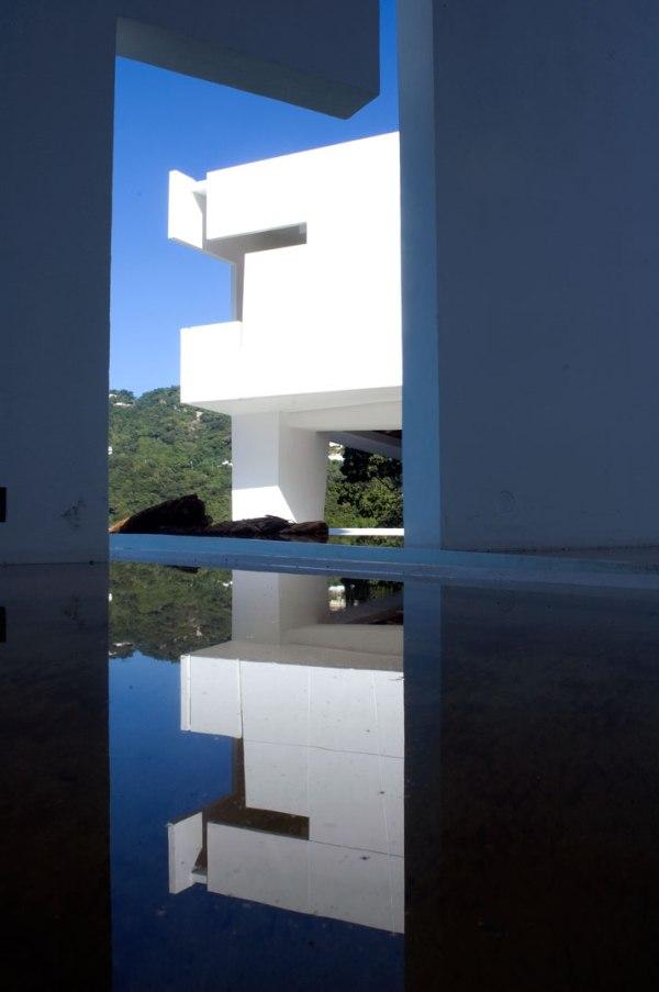 The-Encanto-Hotel-by-Miguel-Angel-Aragones-Acapulco-Mexico-architecture 20