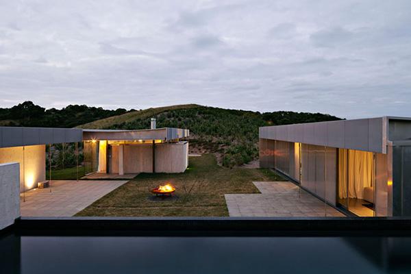 Waiheke Island Retreat – Fearon Hay Architects 11