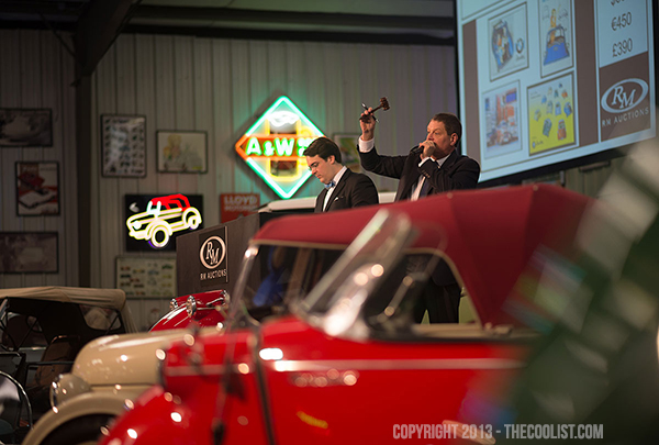 Bruce-Weiner-Microcar-Auction-Environment—4-auctioneer_600
