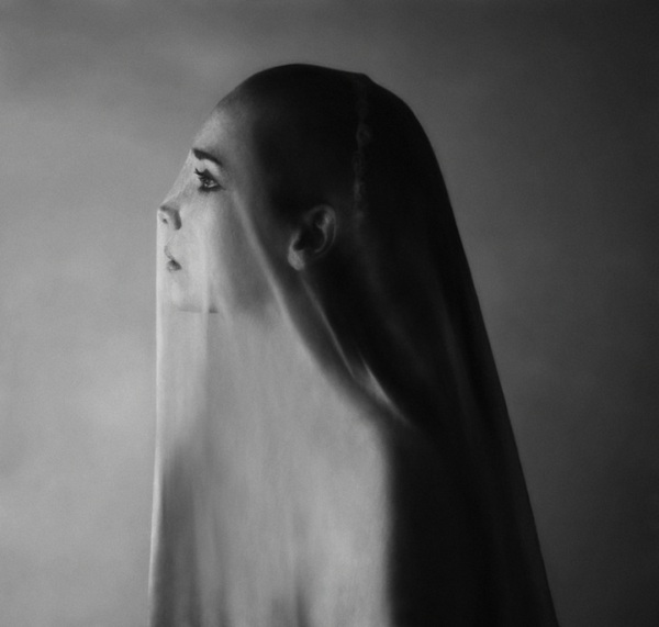 Noell Oszvald 22 year old photographer from budapest hungary self portraits 2