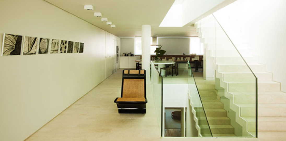 Urca Penthouse by Arthur Casas