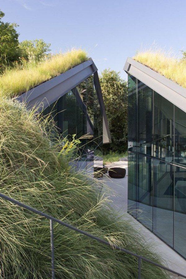 Edgeland Residence by Bercy Chen Studio