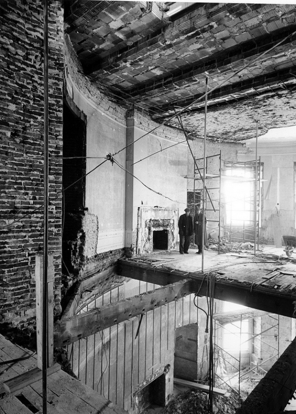 white house fully gutted under construction vintage photographs 8