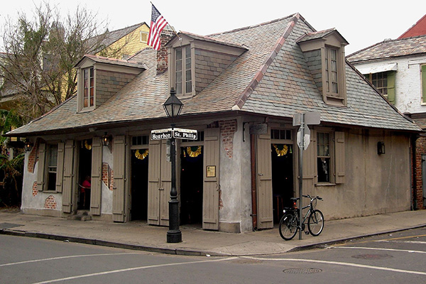 Oldest Bars in the USA - Lafittes Blacksmith Shop 1