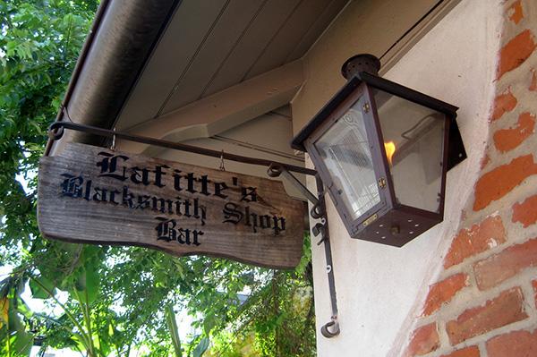 Lafittes Blacksmith Shop 2 – 10 oldest bars in the US