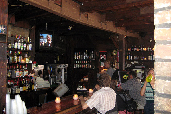 Lafittes Blacksmith Shop 3 – 10 oldest bars in the US