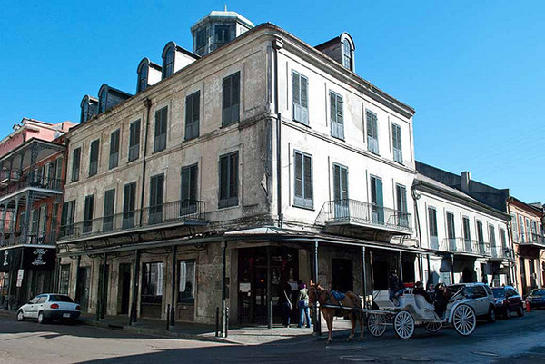 Napoleon House New Orleans 3 – 10 Oldest Bars in the US