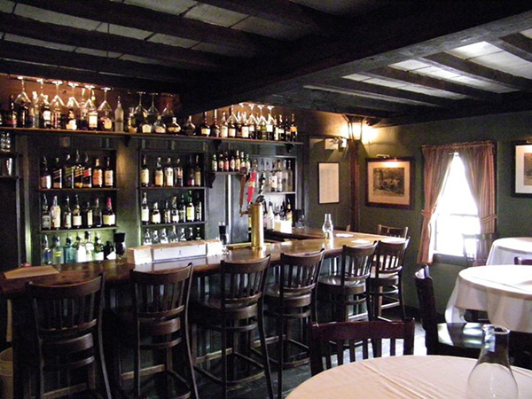 White Horse Tavern 2 – oldest bars in the USA
