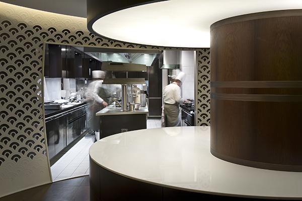 1947 Restaurant by Yannick Alléno 6